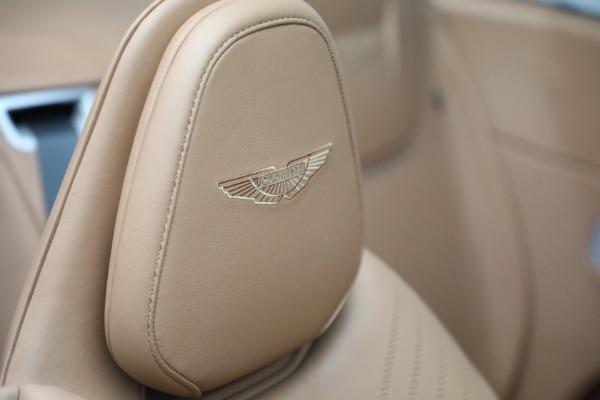 Used 2019 Aston Martin DB11 Volante for sale $212,990 at Alfa Romeo of Greenwich in Greenwich CT 06830 27