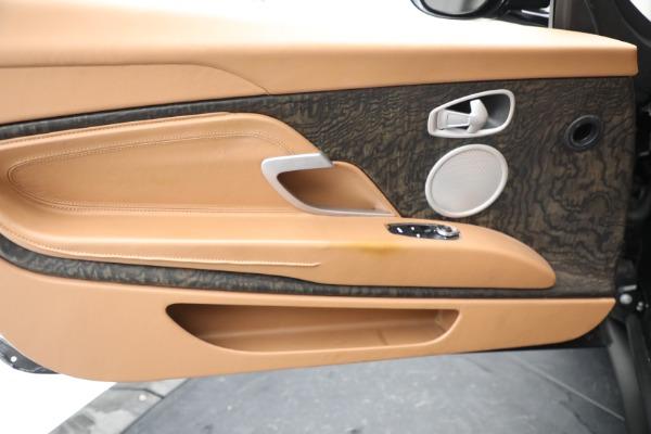 Used 2019 Aston Martin DB11 Volante for sale $212,990 at Alfa Romeo of Greenwich in Greenwich CT 06830 28