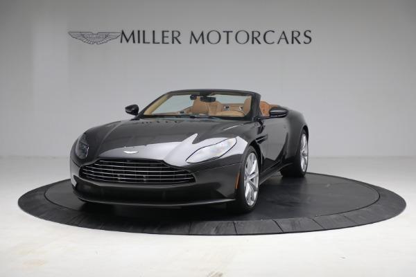 Used 2019 Aston Martin DB11 Volante for sale $212,990 at Alfa Romeo of Greenwich in Greenwich CT 06830 3
