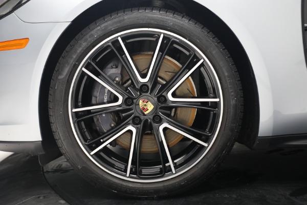 Used 2018 Porsche Panamera 4 Sport Turismo for sale $97,900 at Alfa Romeo of Greenwich in Greenwich CT 06830 15