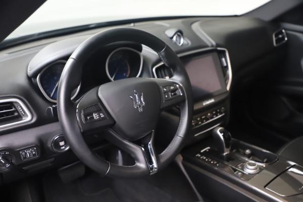 Used 2018 Maserati Ghibli SQ4 for sale $54,900 at Alfa Romeo of Greenwich in Greenwich CT 06830 13