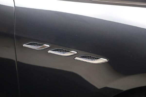 Used 2018 Maserati Ghibli SQ4 for sale $54,900 at Alfa Romeo of Greenwich in Greenwich CT 06830 21
