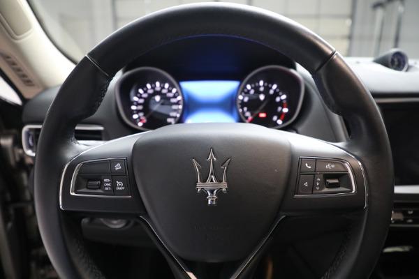Used 2018 Maserati Levante for sale $57,900 at Alfa Romeo of Greenwich in Greenwich CT 06830 16
