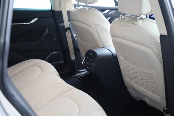 Used 2018 Maserati Levante for sale $57,900 at Alfa Romeo of Greenwich in Greenwich CT 06830 19