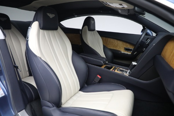 Used 2015 Bentley Continental GT V8 S for sale $119,900 at Alfa Romeo of Greenwich in Greenwich CT 06830 24