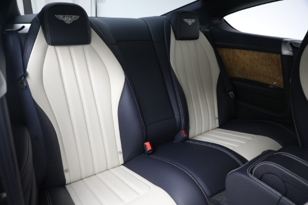 Used 2015 Bentley Continental GT V8 S for sale $119,900 at Alfa Romeo of Greenwich in Greenwich CT 06830 25
