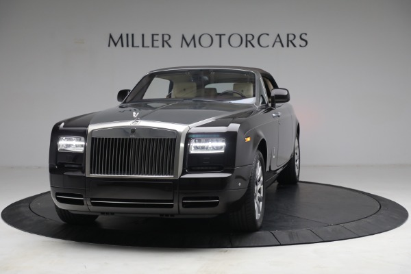 Used 2015 Rolls-Royce Phantom Drophead Coupe for sale Call for price at Alfa Romeo of Greenwich in Greenwich CT 06830 14