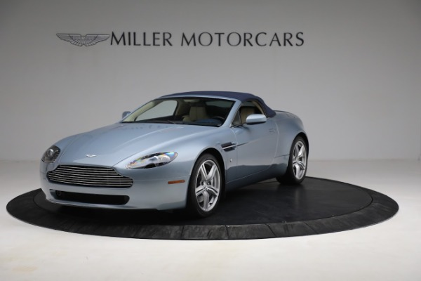 Used 2009 Aston Martin V8 Vantage Roadster for sale Call for price at Alfa Romeo of Greenwich in Greenwich CT 06830 21