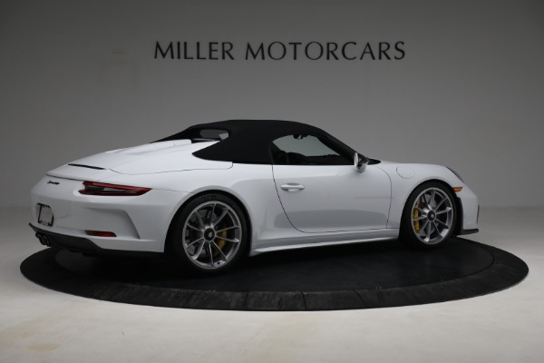 Used 2019 Porsche 911 Speedster for sale $395,900 at Alfa Romeo of Greenwich in Greenwich CT 06830 18
