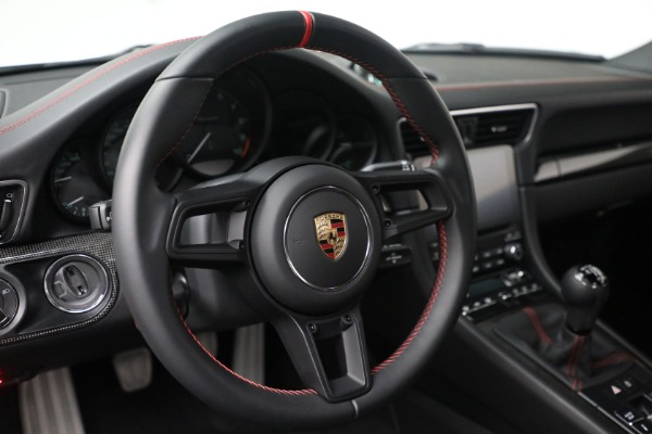 Used 2019 Porsche 911 Speedster for sale $395,900 at Alfa Romeo of Greenwich in Greenwich CT 06830 24