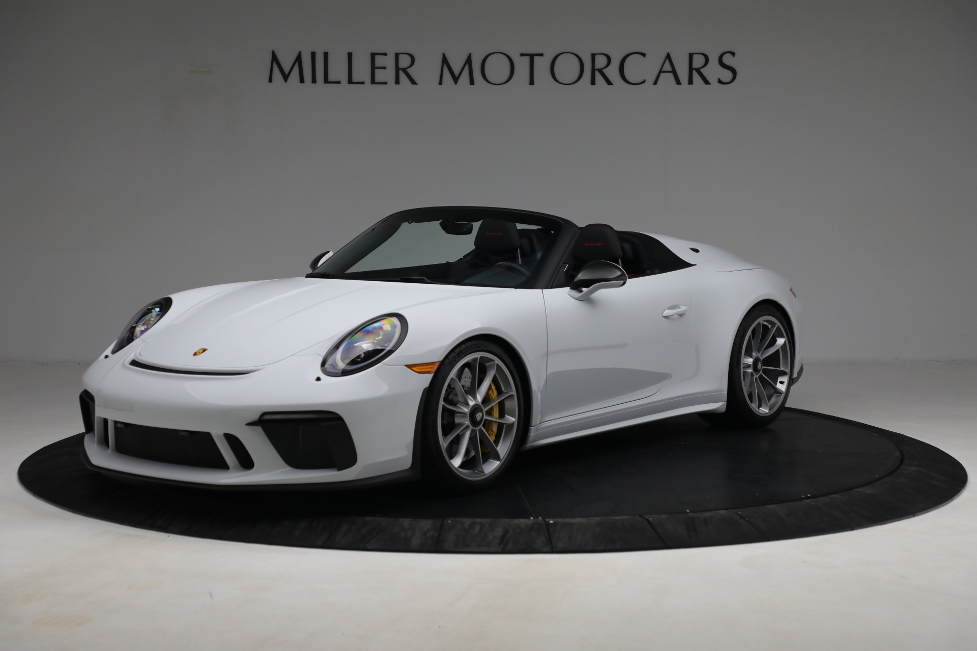 Used 2019 Porsche 911 Speedster for sale $395,900 at Alfa Romeo of Greenwich in Greenwich CT 06830 1