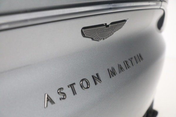 New 2021 Aston Martin DBX for sale $202,286 at Alfa Romeo of Greenwich in Greenwich CT 06830 25