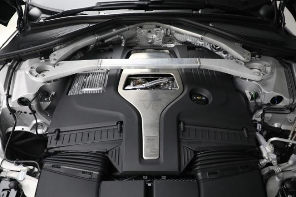 New 2021 Aston Martin DBX for sale $202,286 at Alfa Romeo of Greenwich in Greenwich CT 06830 27