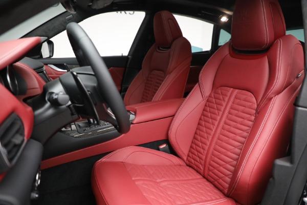 New 2022 Maserati Levante Trofeo for sale $155,045 at Alfa Romeo of Greenwich in Greenwich CT 06830 15