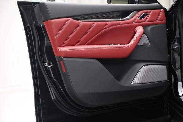 New 2022 Maserati Levante Trofeo for sale $155,045 at Alfa Romeo of Greenwich in Greenwich CT 06830 21