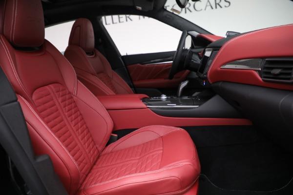 New 2022 Maserati Levante Trofeo for sale $155,045 at Alfa Romeo of Greenwich in Greenwich CT 06830 27