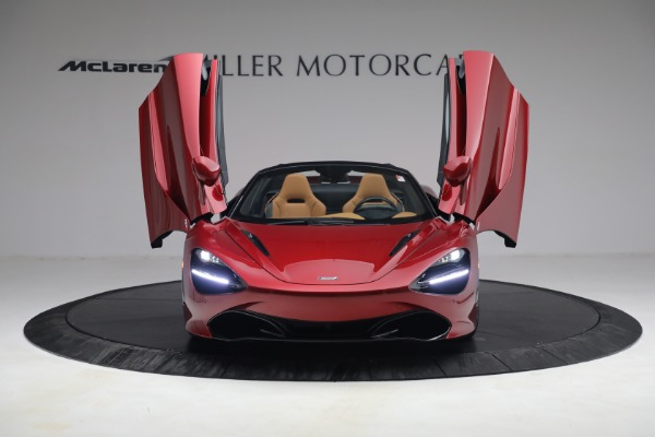 New 2022 McLaren 720S Spider for sale $382,090 at Alfa Romeo of Greenwich in Greenwich CT 06830 13
