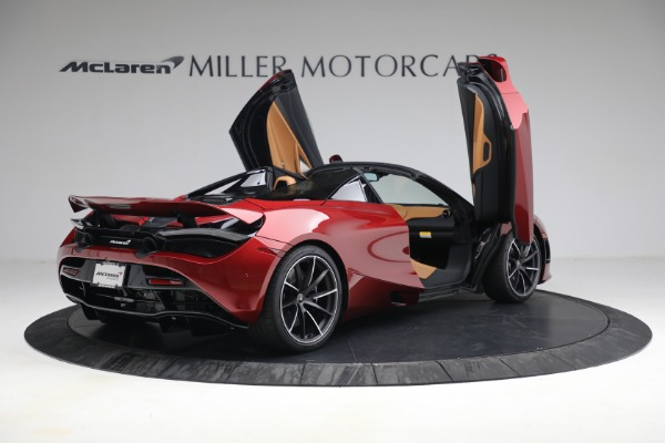 New 2022 McLaren 720S Spider for sale $382,090 at Alfa Romeo of Greenwich in Greenwich CT 06830 18