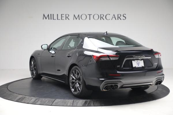 New 2022 Maserati Ghibli Modena Q4 for sale $103,855 at Alfa Romeo of Greenwich in Greenwich CT 06830 5