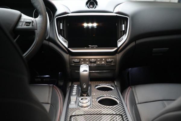 New 2022 Maserati Ghibli Modena Q4 for sale $103,855 at Alfa Romeo of Greenwich in Greenwich CT 06830 18