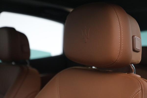 New 2022 Maserati Levante Modena for sale $104,545 at Alfa Romeo of Greenwich in Greenwich CT 06830 16