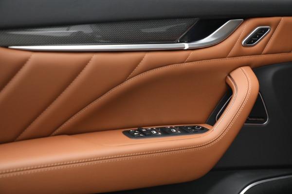 New 2022 Maserati Levante Modena for sale $104,545 at Alfa Romeo of Greenwich in Greenwich CT 06830 19