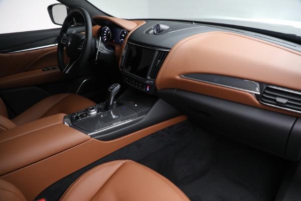 New 2022 Maserati Levante Modena for sale $104,545 at Alfa Romeo of Greenwich in Greenwich CT 06830 24