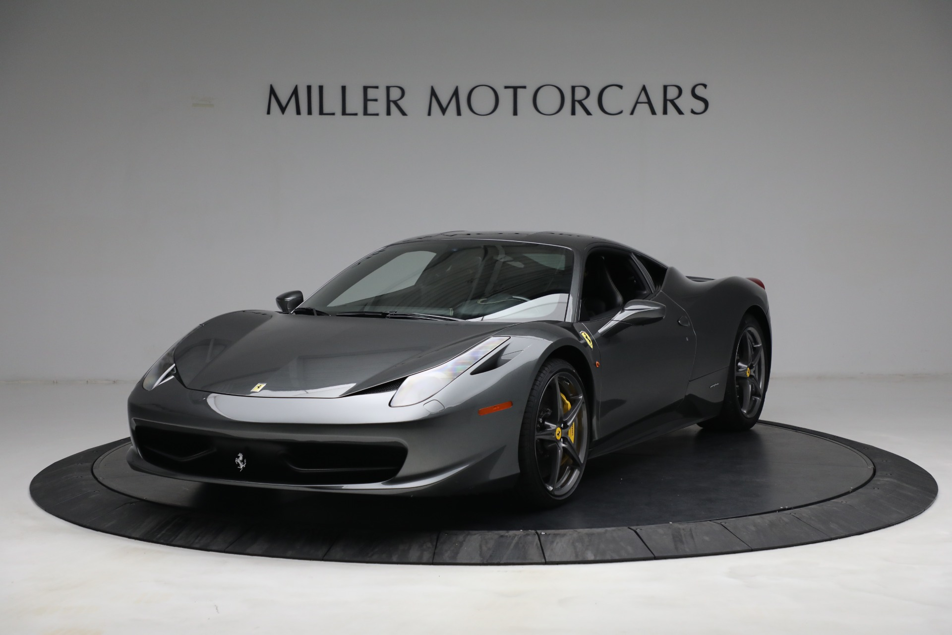 Used 2011 Ferrari 458 Italia for sale $229,900 at Alfa Romeo of Greenwich in Greenwich CT 06830 1