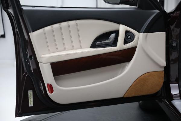 Used 2011 Maserati Quattroporte for sale Sold at Alfa Romeo of Greenwich in Greenwich CT 06830 17