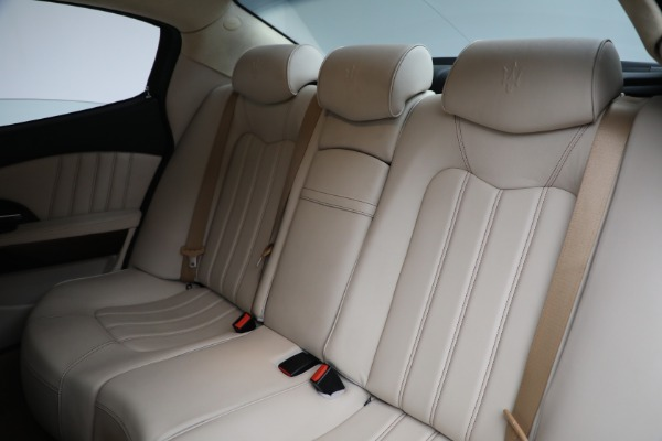 Used 2011 Maserati Quattroporte for sale Sold at Alfa Romeo of Greenwich in Greenwich CT 06830 20