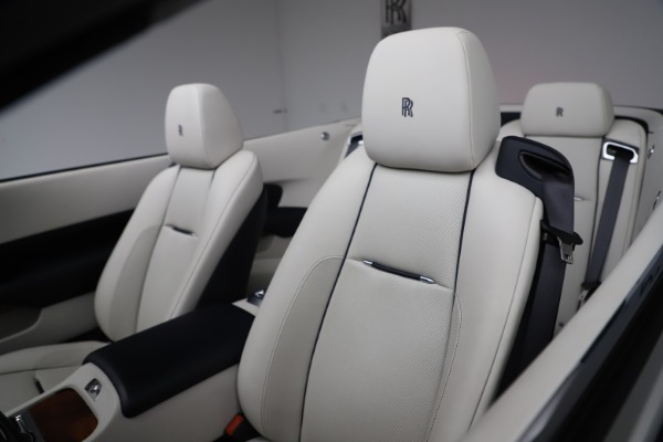Used 2016 Rolls-Royce Dawn for sale $243,900 at Alfa Romeo of Greenwich in Greenwich CT 06830 25
