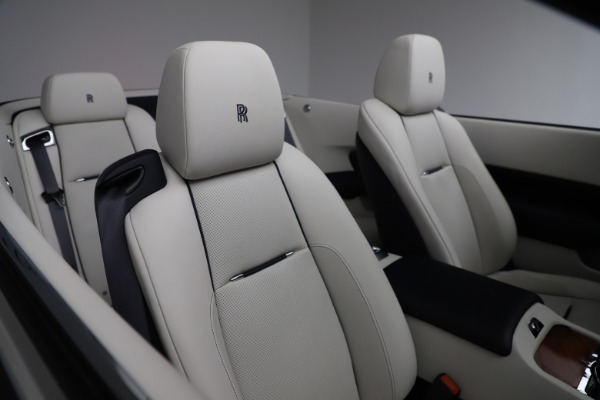 Used 2016 Rolls-Royce Dawn for sale $243,900 at Alfa Romeo of Greenwich in Greenwich CT 06830 26