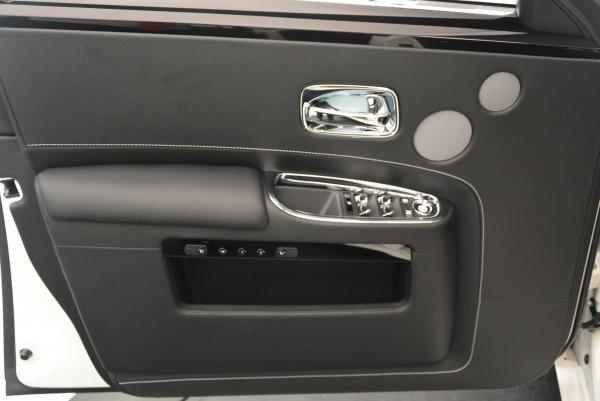 Used 2017 Rolls-Royce Ghost for sale Sold at Alfa Romeo of Greenwich in Greenwich CT 06830 18