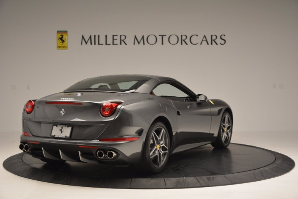 Used 2015 Ferrari California T for sale Sold at Alfa Romeo of Greenwich in Greenwich CT 06830 19
