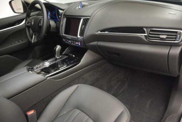 New 2017 Maserati Levante 350hp for sale Sold at Alfa Romeo of Greenwich in Greenwich CT 06830 19