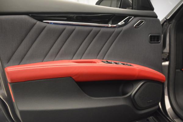 New 2017 Maserati Quattroporte S Q4 GranLusso for sale Sold at Alfa Romeo of Greenwich in Greenwich CT 06830 13