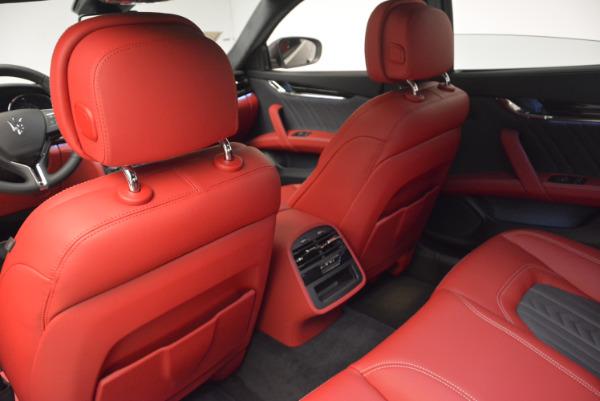 New 2017 Maserati Quattroporte S Q4 GranLusso for sale Sold at Alfa Romeo of Greenwich in Greenwich CT 06830 18