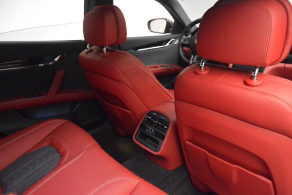 New 2017 Maserati Quattroporte S Q4 GranLusso for sale Sold at Alfa Romeo of Greenwich in Greenwich CT 06830 28