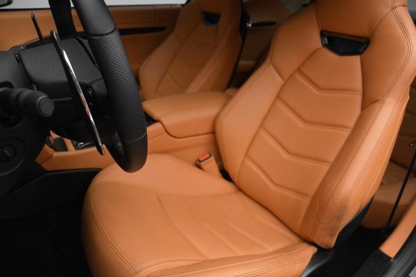 Used 2017 Maserati GranTurismo Sport for sale $74,900 at Alfa Romeo of Greenwich in Greenwich CT 06830 15