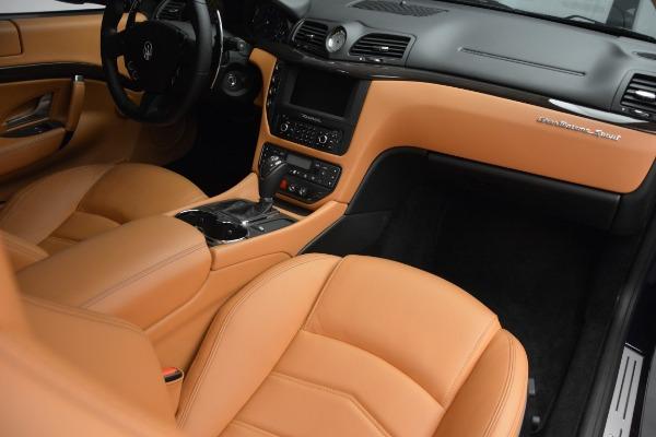 Used 2017 Maserati GranTurismo Sport for sale $74,900 at Alfa Romeo of Greenwich in Greenwich CT 06830 18