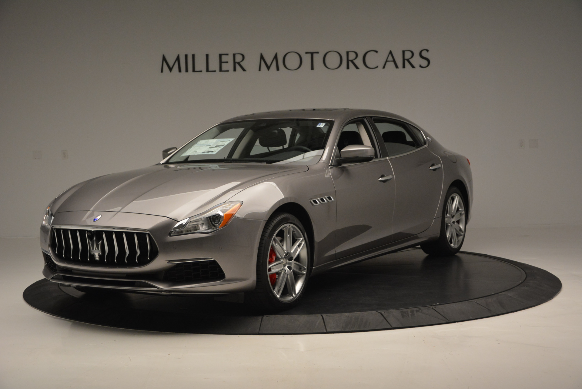 New 2017 Maserati Quattroporte S Q4 GranLusso for sale Sold at Alfa Romeo of Greenwich in Greenwich CT 06830 1