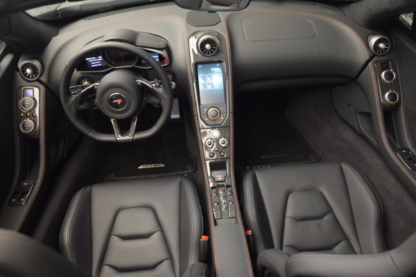 Used 2014 McLaren MP4-12C Spider for sale Sold at Alfa Romeo of Greenwich in Greenwich CT 06830 25