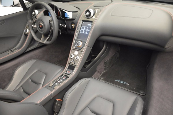 Used 2014 McLaren MP4-12C Spider for sale Sold at Alfa Romeo of Greenwich in Greenwich CT 06830 26