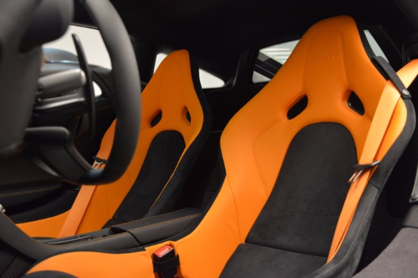Used 2016 McLaren 675LT for sale Sold at Alfa Romeo of Greenwich in Greenwich CT 06830 18