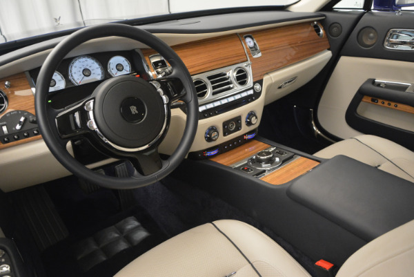 Used 2016 Rolls-Royce Wraith for sale Sold at Alfa Romeo of Greenwich in Greenwich CT 06830 21