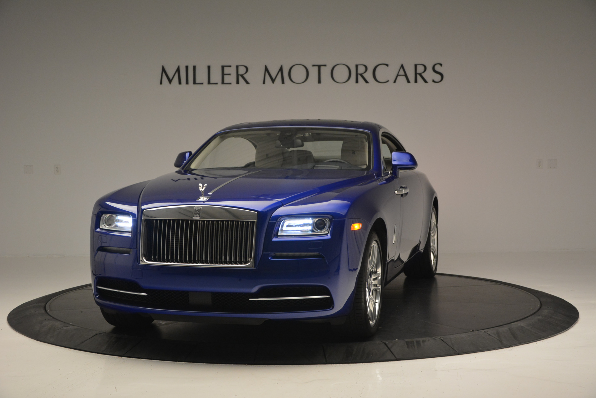 Used 2016 Rolls-Royce Wraith for sale Sold at Alfa Romeo of Greenwich in Greenwich CT 06830 1