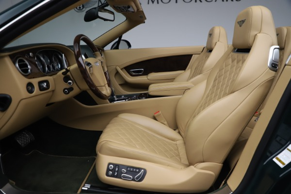 Used 2017 Bentley Continental GTC V8 S for sale $139,900 at Alfa Romeo of Greenwich in Greenwich CT 06830 26