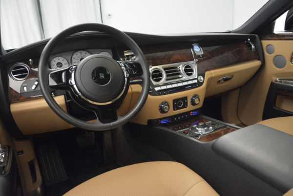 Used 2011 Rolls-Royce Ghost for sale Sold at Alfa Romeo of Greenwich in Greenwich CT 06830 20
