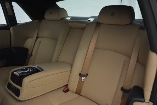 Used 2011 Rolls-Royce Ghost for sale Sold at Alfa Romeo of Greenwich in Greenwich CT 06830 22