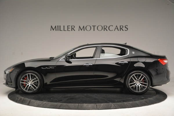 Used 2016 Maserati Ghibli S Q4  EX-LOANER for sale Sold at Alfa Romeo of Greenwich in Greenwich CT 06830 3